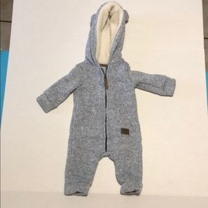 Carters lined bear hooded onsie size 0-3 months